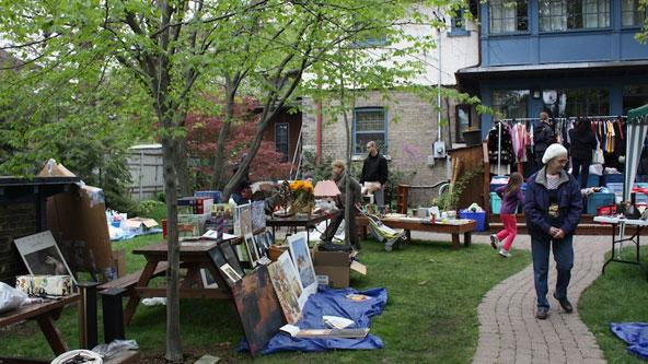 07192013_Yard_Sale_article