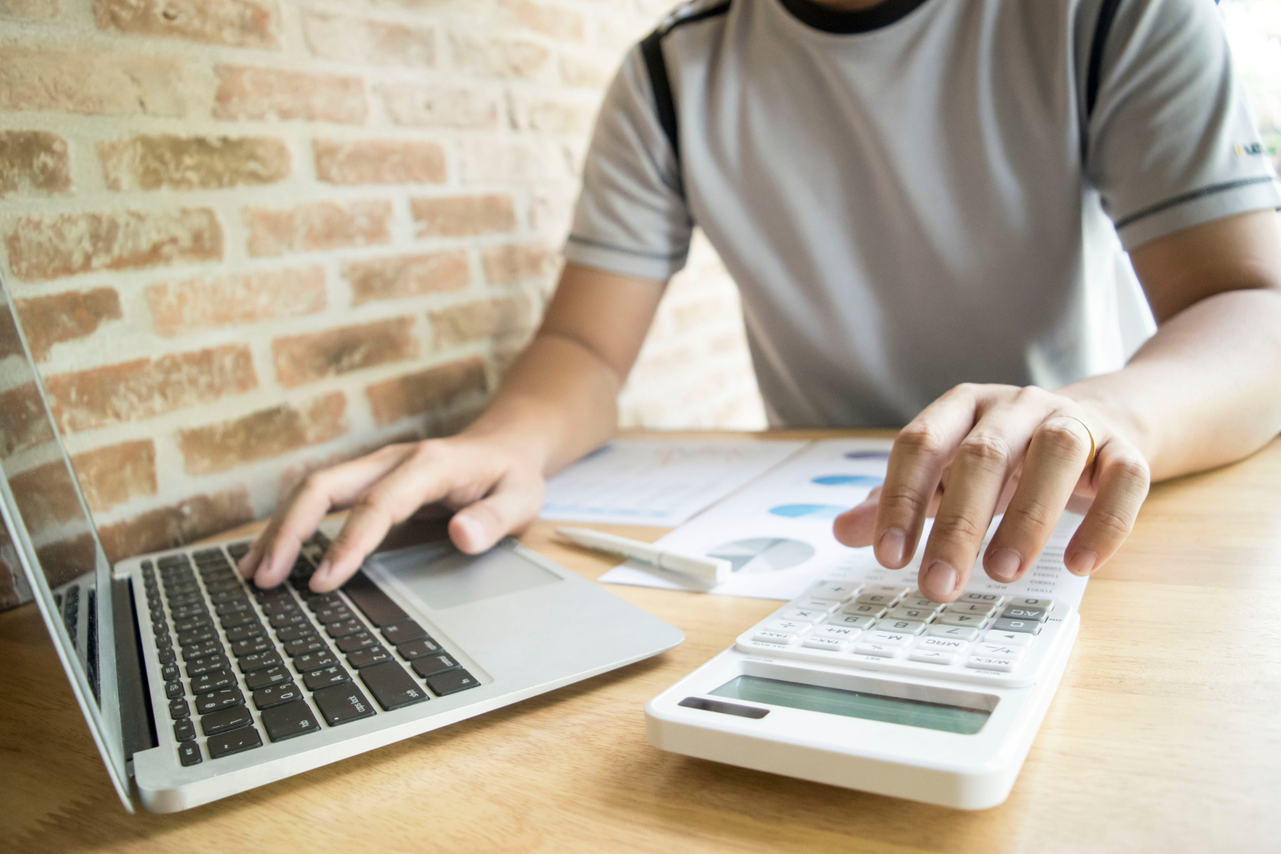 4 Top Payroll Companies for Small Businesses