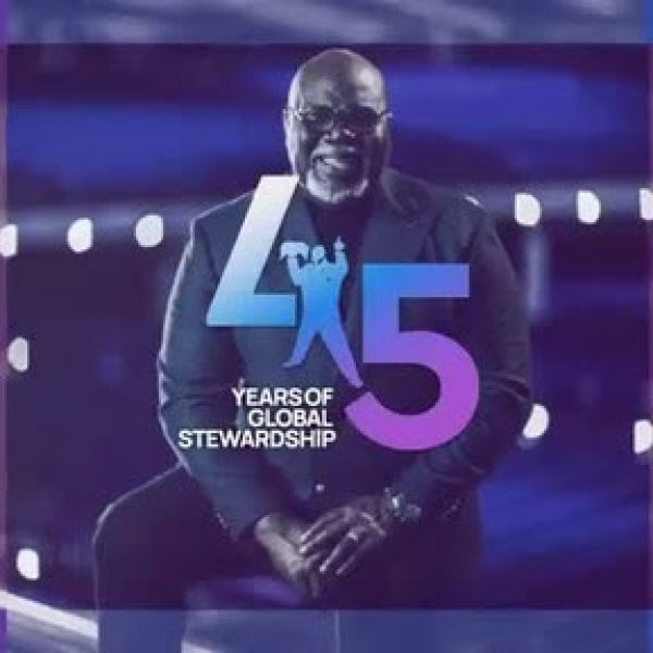 Bishop T.D. Jakes Honored for 45 Years in Ministry